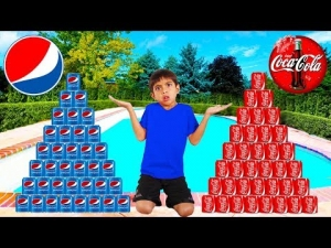 Coke vs Pepsi Pretend Play! Funny Boy Goes Shopping & Play Stacking Game
